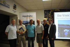 Otto Jähnl (Ortsvorsteher Karnabrunn a.D.), Karl Zellhofer (Verein Neue Landesbahn), Rudi Maurer, Hans Narrenhofer (Regiobahn Leiser Berge), Willi Luger (Culumnatura), Wolfgang Muth (Berufspendler pro regiobahn)