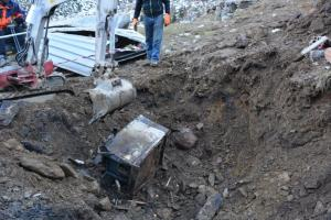 Alte Haushaltsgeräte einfach vergraben